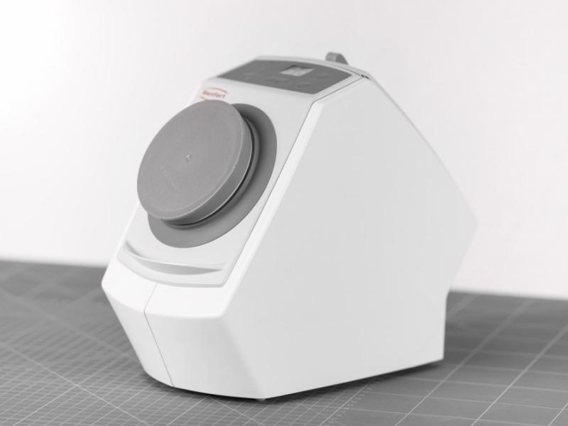 Přístroj na profesionální čištění snímatelných náhrad